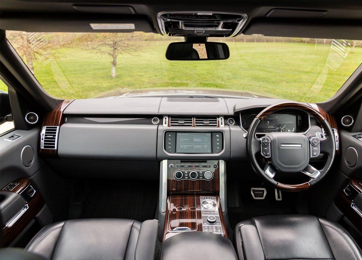 Range Rover HEV SV Autobiography LWB